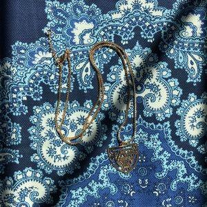 Brandy Melville queen necklace